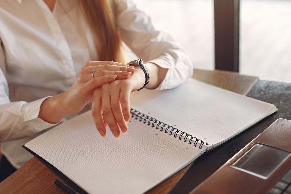 Jak przypisać odpowiednie role pracownikom w zespole scrumowym?